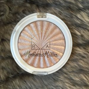 NEW Ofra x Madison Miller Highlighter